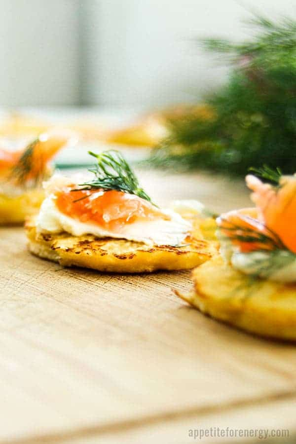 Low-Carb Smoked Salmon Blinis
