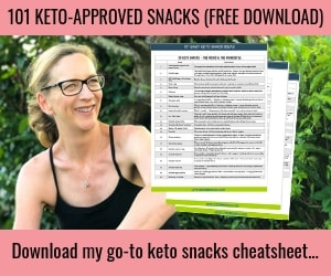 Anna with a copy of the FREE cheatsheet